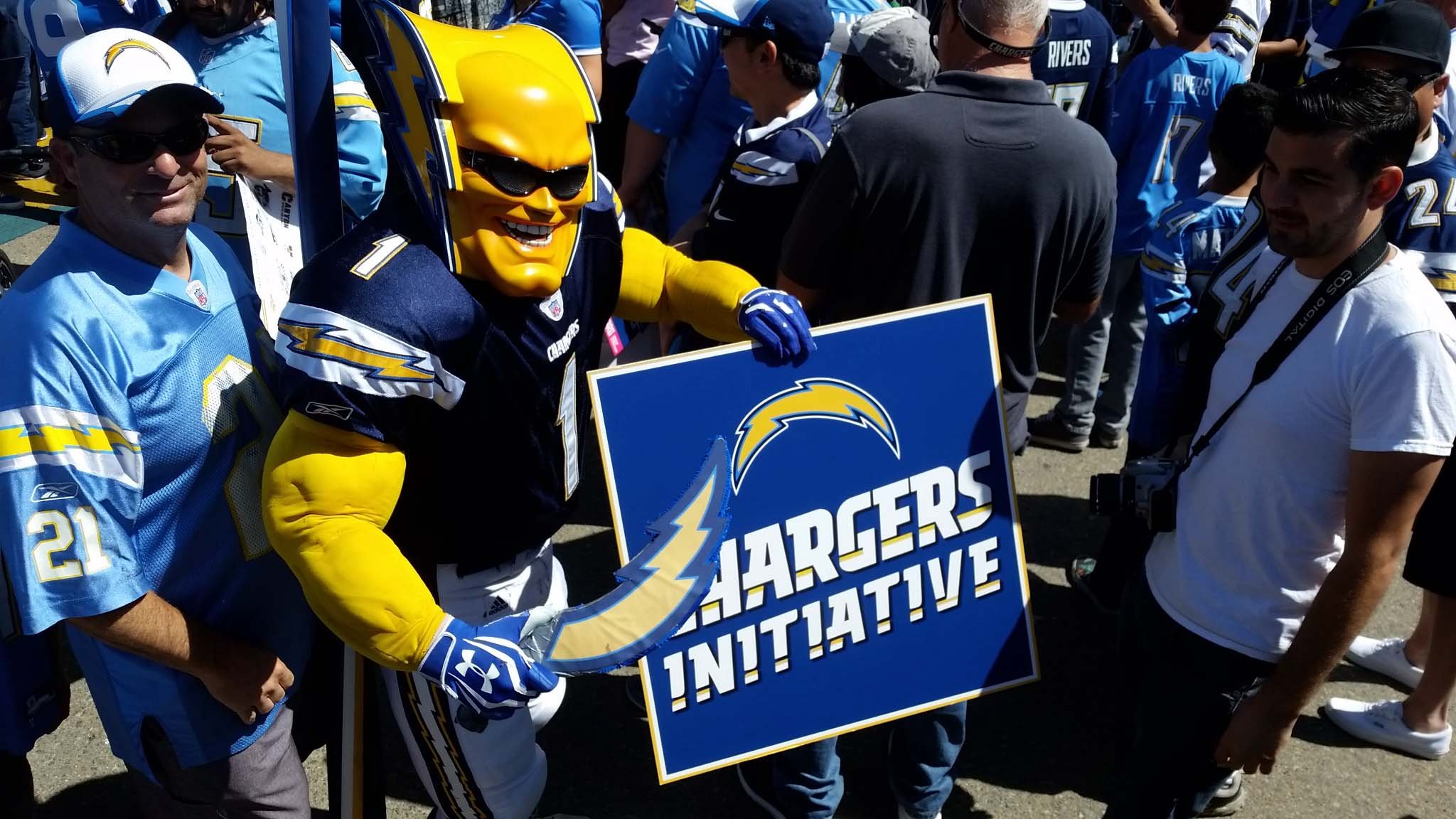 Chargers Initiative clears signature verification