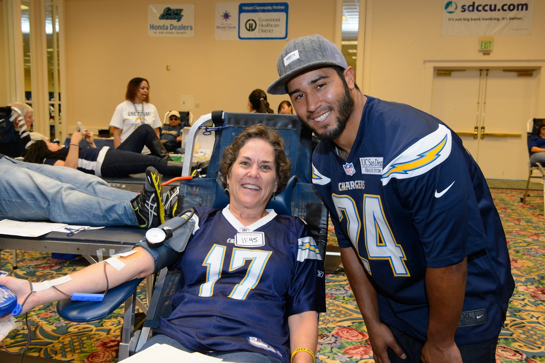 San Diego Blood Bank officials hope to maintain relationship with Los Angeles Chargers (Chargers.com)