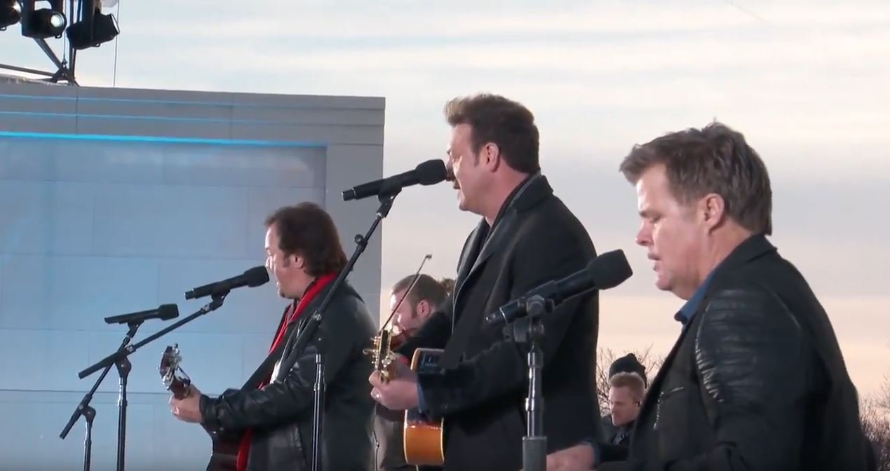 Frontmen of Country performs at 'Make America Great Again!' concert with Lee Greenwood
