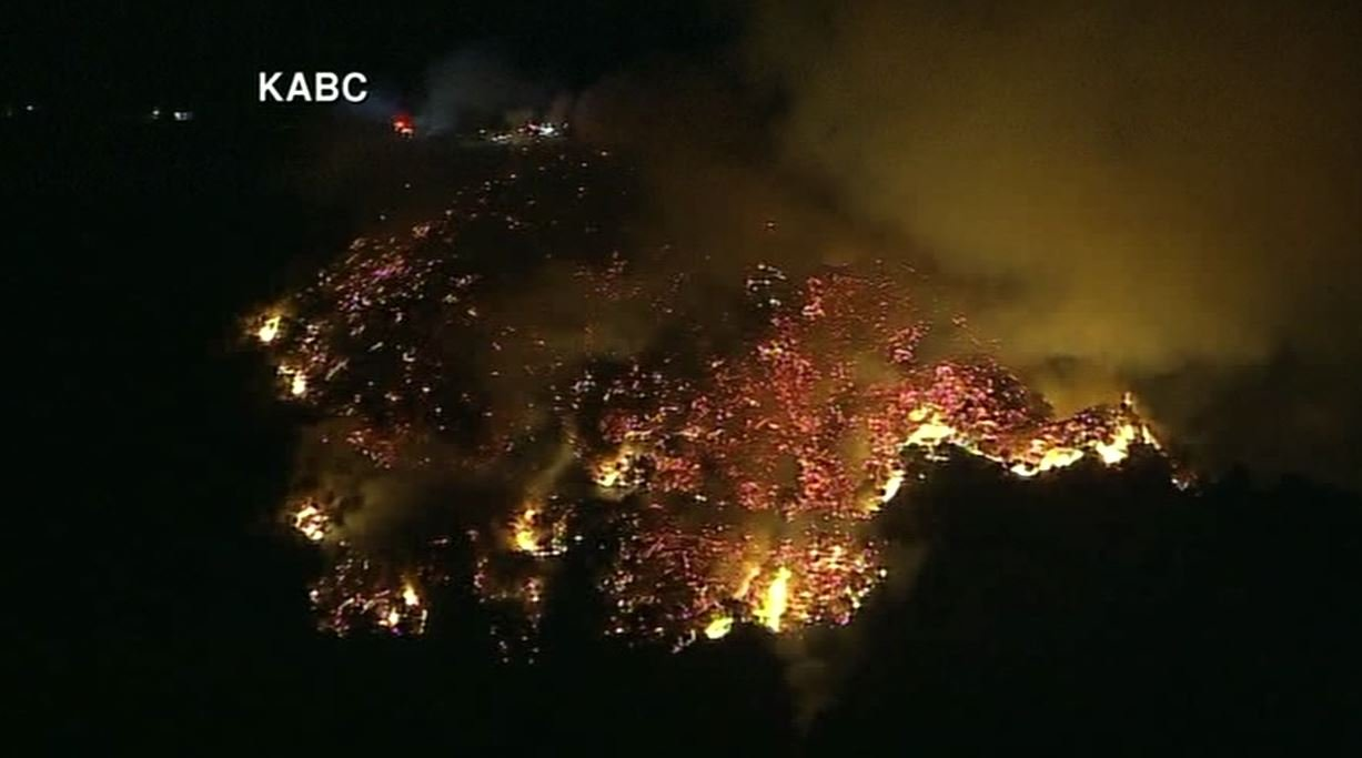 Brush fire erupts near Mount Wilson Observatory, communication towers