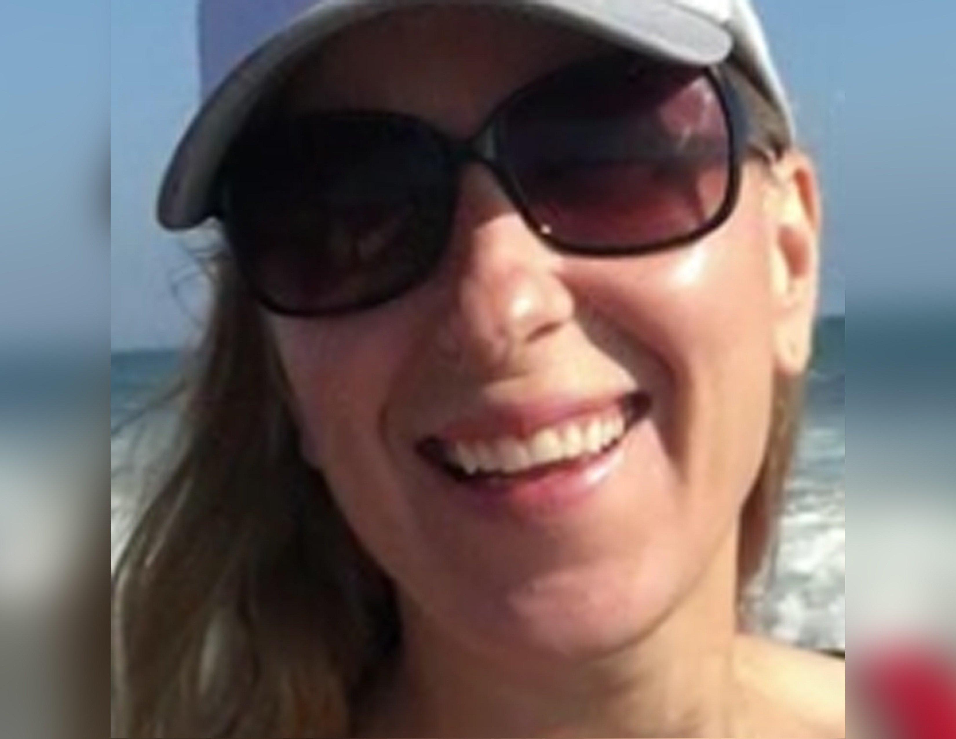 Julia Jacobson, 37