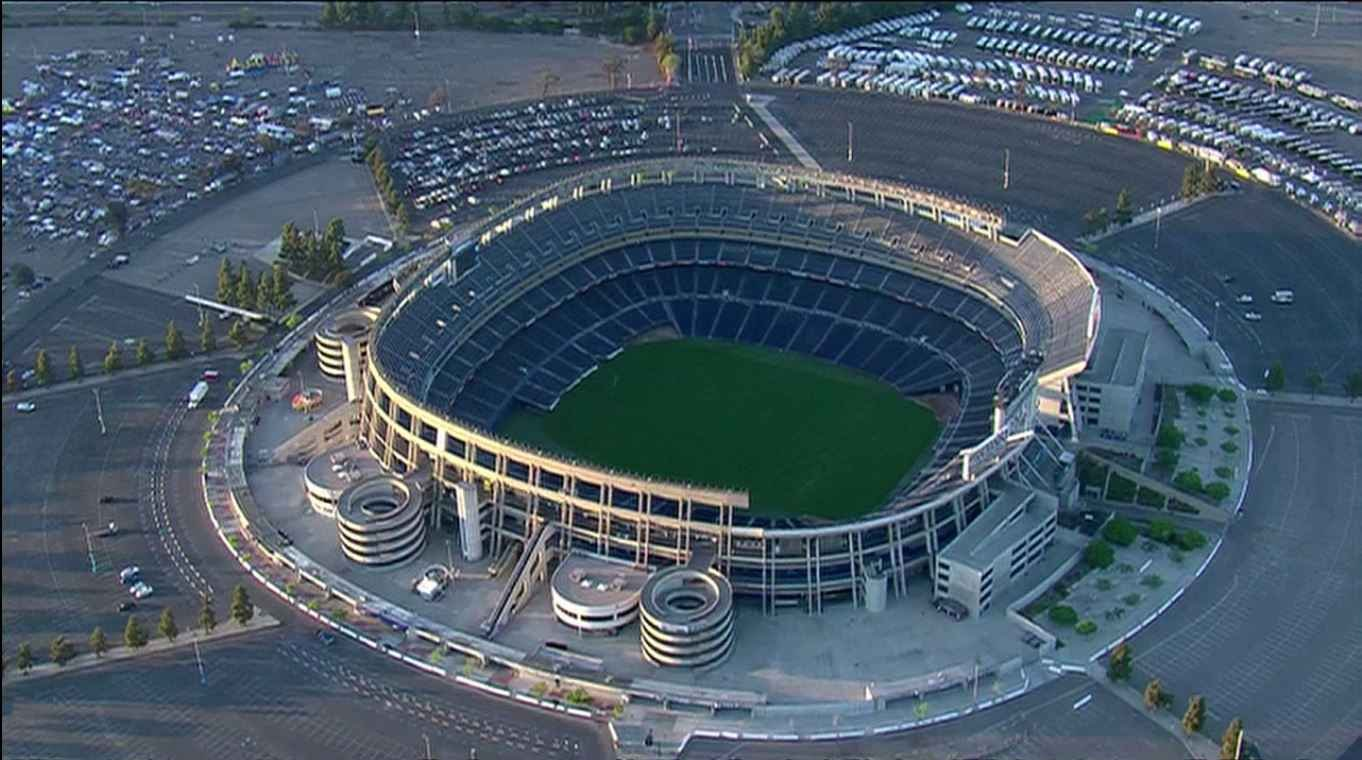 Former councilmember criticizes city's stance on Chargers stadium