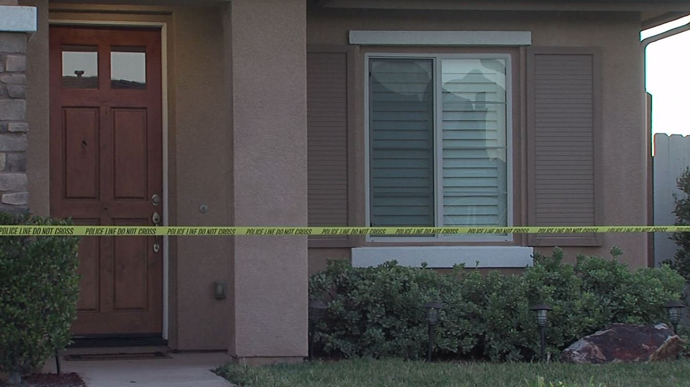 Rancho Bernardo residents tied up during armed robbery